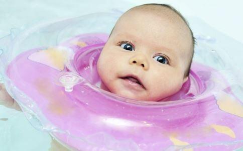 美国召回致命摇床 不安全的婴儿用品 费雪召回婴儿摇床