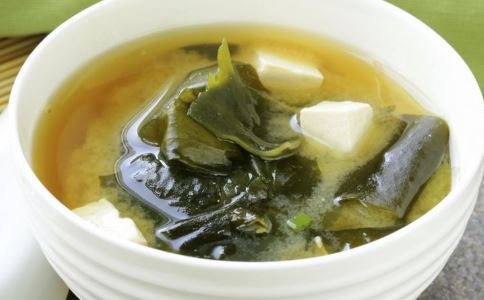 减肥蔬菜汤的做法 减肥蔬菜汤食谱 减肥蔬菜汤有哪些
