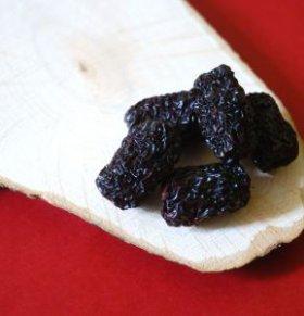 老人为什么不能多吃黑枣 黑枣有什么功效作用 吃黑枣有什么禁忌