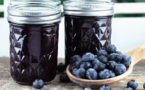 蓝莓有降血压的效果吗 蓝莓可以降血压吗 蓝莓的功效与作用