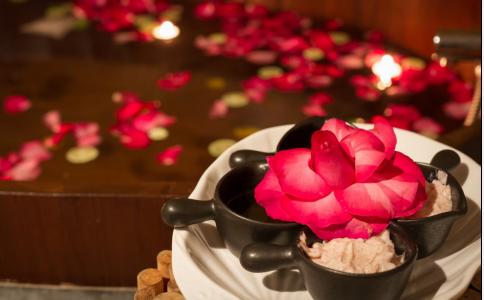 玫瑰花茶有什么功效与作用 女性经期能喝玫瑰花茶吗 喝玫瑰花茶要注意什么
