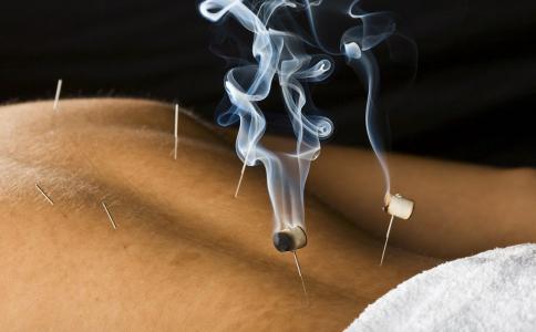 艾灸有什么功效与作用 艾灸后多久可以洗澡 艾灸有什么效果
