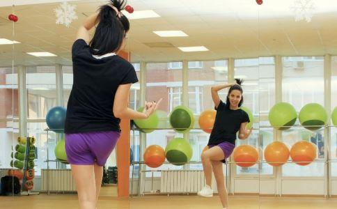 减肥舞蹈有哪些 适合减肥的舞蹈有哪些 跳什么舞蹈可以减肥