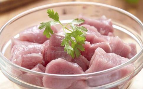春末夏初女人该怎么保养 黑豆鱼汤的做法及功效 菜瓜骨头汤的做法及功效