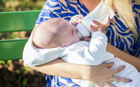 什么是储奶瓶 储奶瓶的作用有哪些 储奶瓶的功效和作用