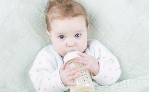 储奶瓶怎么用 储奶瓶的正确使用方法 储奶瓶的种类