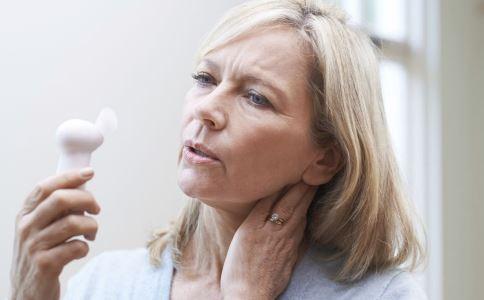 更年期女性有哪些变化 更年期有什么症状 更年期女性怎么保健