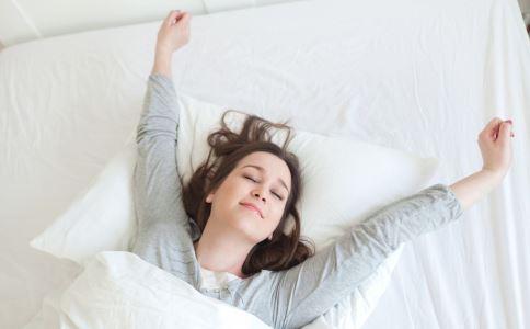 熬夜后身体会发出哪些信号 熬夜到几点算熬夜 女性经常熬夜如何护理
