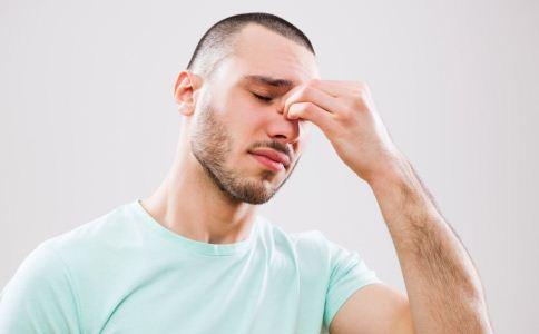 过敏性鼻炎吃什么好 过敏性鼻炎可以吃什么 过敏性鼻炎不能吃什么