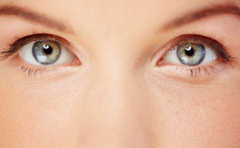 割双眼皮手术哪些人不适合做 哪些人不适合割双眼皮 割双眼皮注意事项