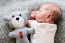 新生儿黄疸多久能消退 使黄疸退得快有哪些方法