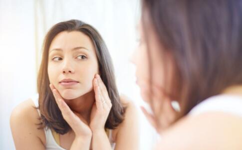 夏季如何护理油性皮肤 夏季要如何控油 夏季控油的方法有哪些
