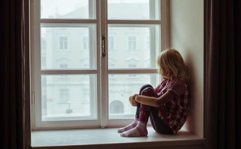 女性产前抑郁会有哪些表现 产前抑郁怎么办 产前抑郁的解决方法