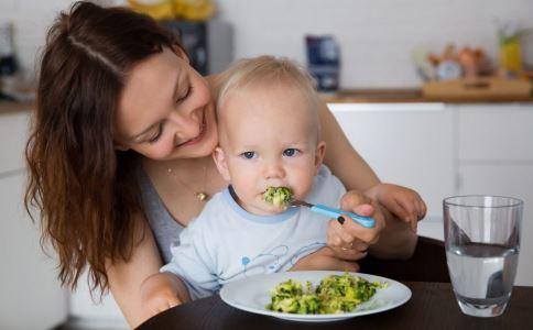 宝宝不爱吃饭是因为缺钙吗 如何科学补钙