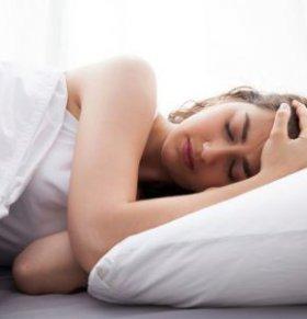 尿酸高容易导致痛风吗 如何控制尿酸高 尿酸高可以药物治疗吗