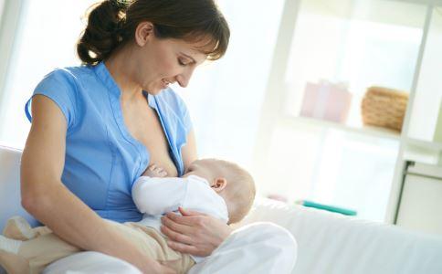 哺乳期乳房有硬块是什么原因 乳房有硬块怎么消除 哺乳期怎样预防乳房疾病