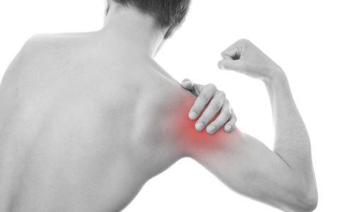 肌肉抽搐是怎么回事 肌肉抽搐是什么原因 肌肉抽搐怎么办