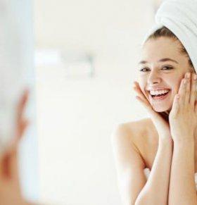 女人额头长痘原因有哪些 女人额头长痘怎么办 如何预防额头长痘