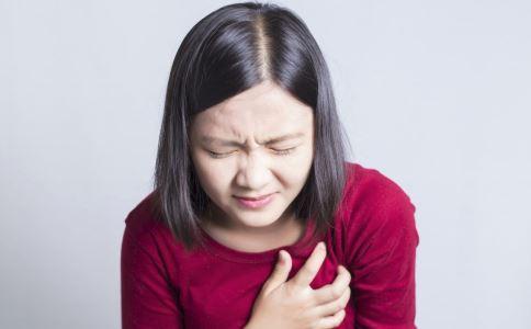 胸部刺痛是什么原因 胸部刺痛怎么缓解 胸部刺痛是怎么回事