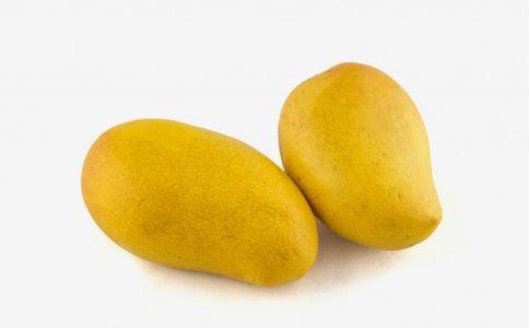吃芒果有什么好处 芒果的好处有哪些 吃芒果要注意什么