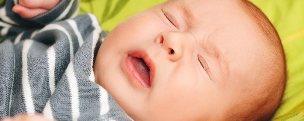 小儿咳嗽的原因有哪些 小儿咳嗽吃什么好 小儿咳嗽的治疗方法