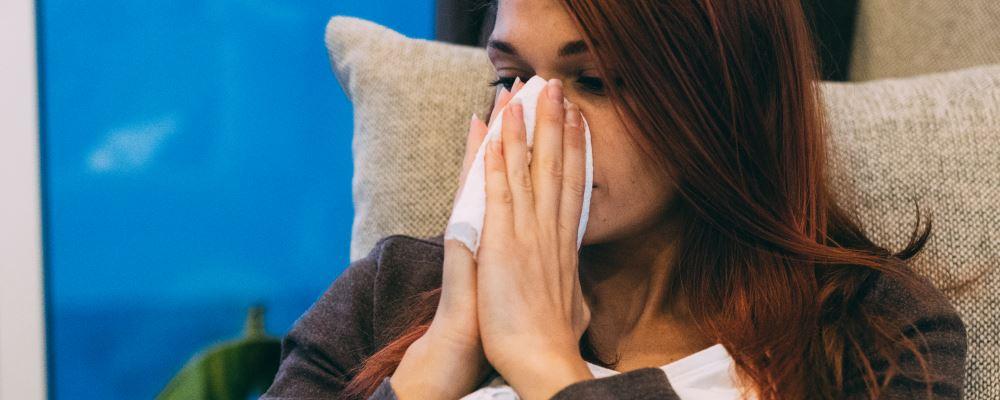 夏季暑热感冒怎么办 暑热感冒吃什么药 怎么治疗暑热感冒