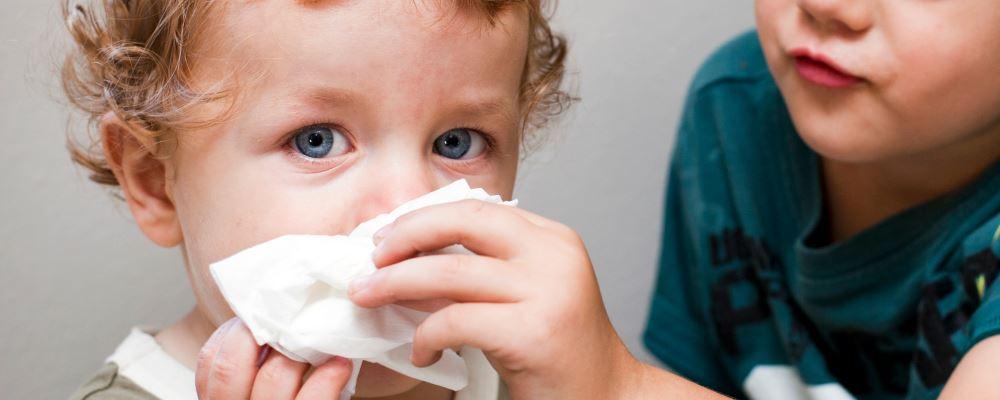 孩子感冒怎么办 孩子感冒不吃药怎么办 感冒不吃药硬抗