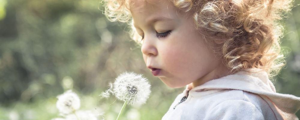 小儿感冒吃什么药 小儿感冒的治疗方法 小儿感冒如何治疗