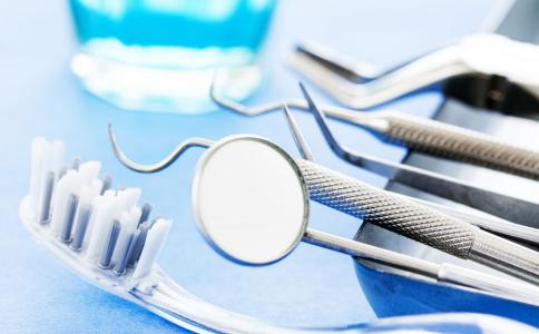 牙齿矫正的最佳年龄 牙齿矫正要多久 牙齿矫正的危害