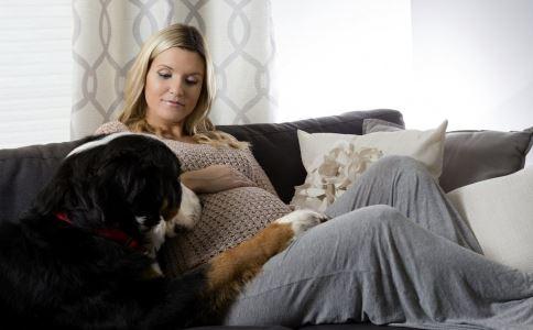 孕期出现屁股疼痛该如何是好 怀孕屁股疼怎么缓解 孕妇怀孕屁股痛怎么办