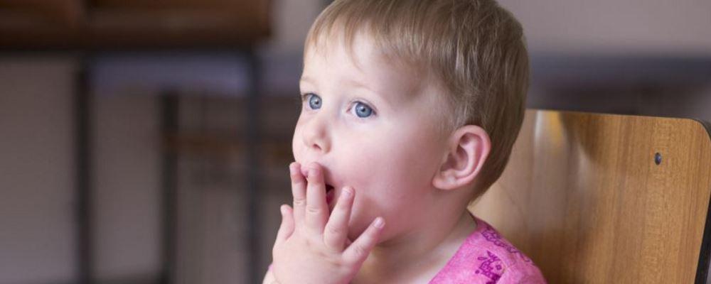 嗓子疼是感冒吗 感冒嗓子疼吃什么食物 嗓子疼怎么缓解
