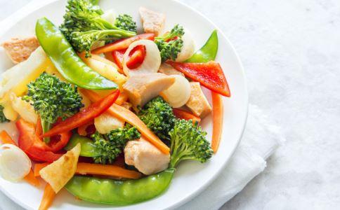 减肥不吃晚餐好吗 减肥晚餐该怎么吃 晚餐吃什么可以减肥