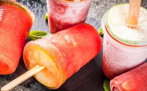 夏季如何健康喝水 夏季喝水注意什么 夏季喝水注意事项