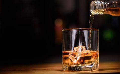 广西交警涉嫌酒驾 酒驾危害 喝醉酒之后的反应
