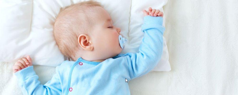宝宝黑白颠倒 宝宝黑白颠倒的原因 宝宝黑白颠倒怎么办