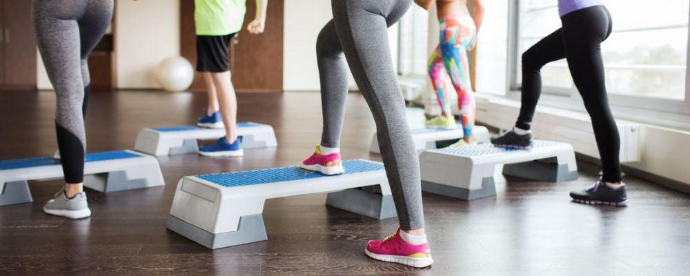 在健身房锻炼注意事项 健身房不要做什么 在健身房健身要注意什么