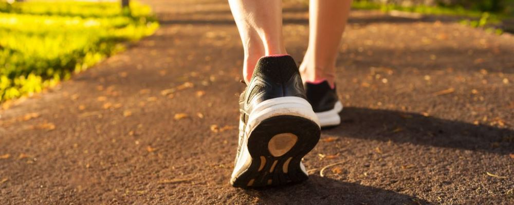 每天走一万步可以减肥吗 每天走一万步怎么减肥 怎么走路减肥