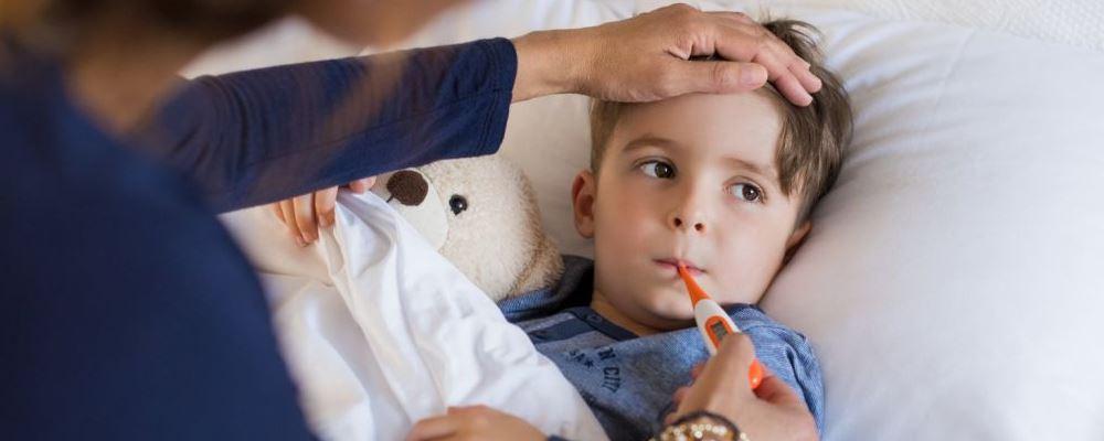 扁桃体炎引起的发烧怎么办 如何预防扁桃体炎 扁桃体炎是怎么回事
