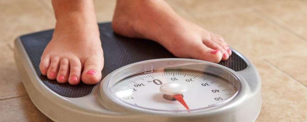 少的减肥方法 少女怎么减肥 少女怎么跳绳减肥