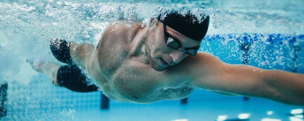游泳减肥效果最好吗 游泳减肥的好处 游泳对身体有哪些好处