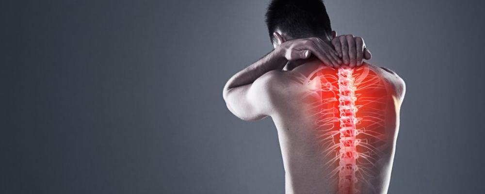 肋骨疼是怎么回事 肋骨疼的症状是什么 肋骨疼该如何缓解
