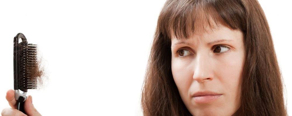 产后脱发怎么办 产后脱发的解决方法 产后脱发是一种正常的现象吗