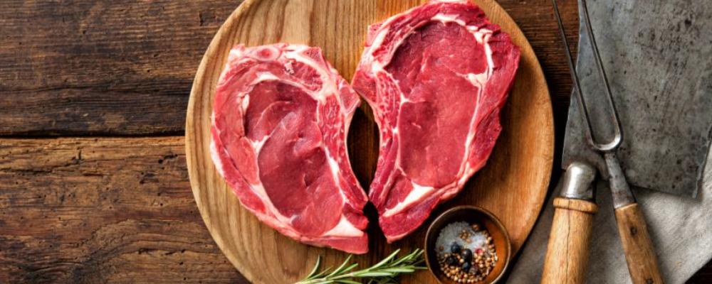 男人想怎样获得肌肉?他们如何吃4种食物