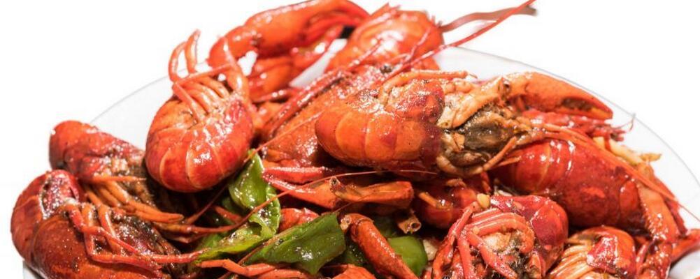 夏季吃小龙虾要注意哪些 小龙虾不能和什么食物一起吃 小龙虾哪些部位不能吃