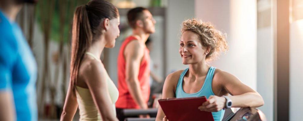 每天跑步多久能减肥 跑步多久可以减肥 什么时间跑步能减肥
