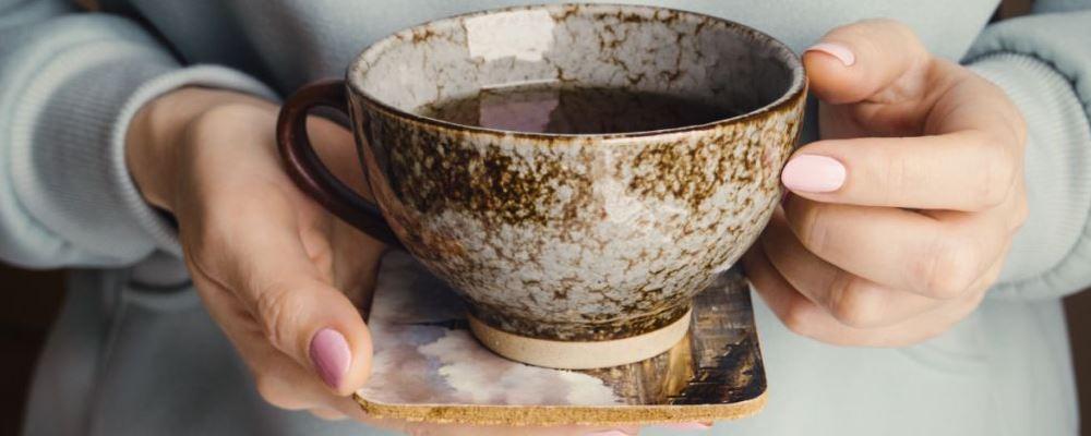 绿茶的功效和作用 经常喝绿茶有哪些好处 每天喝多少绿茶好