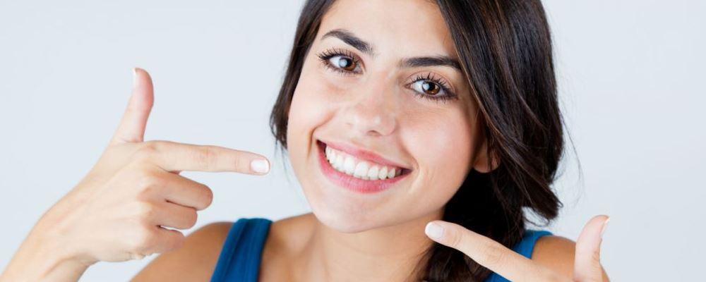 值得一试的美白牙齿方法 美白牙齿有哪些方法 如何美白牙齿