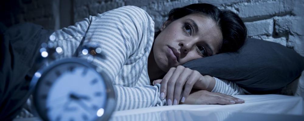 晚上失眠怎么办 失眠怎么办 晚上失眠如何治疗