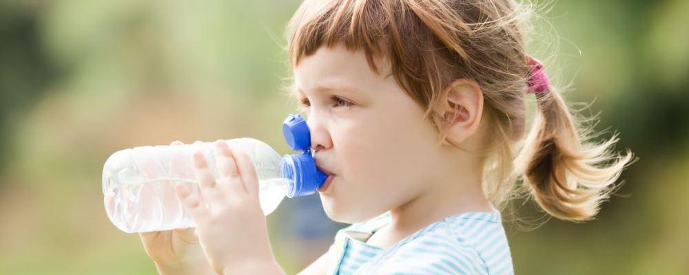 经常口渴怎么回事 经常口渴怎么办 经常口渴的原因