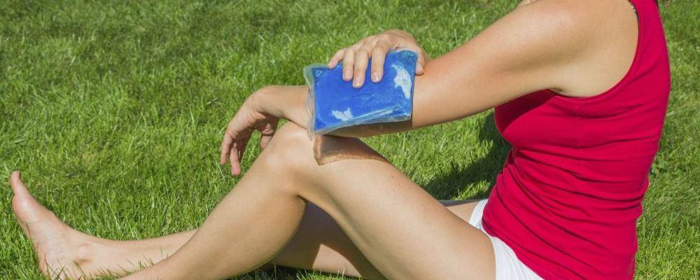 运动受伤怎么冰敷 冰敷的正确方法 冰敷的作用有哪些